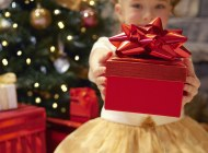 Lieliska dāvana svētkos – SAJŪTU LĀDES dāvanu kartes!