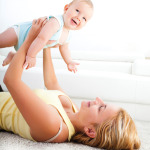 mom-baby-playing-2