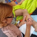 Hennas māksla turpian tapt arī otrā nometnes dienā!