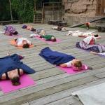 Rīta jogas meditācija pirms turpmākajiem dienas piedzīvojumiem