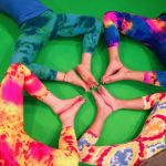 kids-yoga-we-love-colors-2
