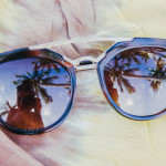stock-photo-travel-reflection-beach-summer-camera-girl-selfie-sunglasses-young-40513214-3faa-4978-97da-a41aa2c9cb8c