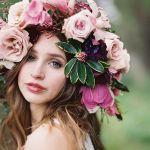 d838a413d8f3029f0a75dc573f131b05--photography-of-women-floral-headpiece