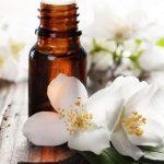 aromatherapy_essential_oils-828x430