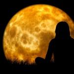 moon-1815993_960_720